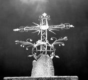 abstraktes Kreuz in Italien-vvvveurope und im Himmelhintergrund Stockfotos