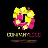 Abstraktes Logo gemacht von spinnenden Würfelformen Stockfoto