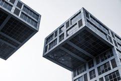 Abstraktes modernes Architekturfragment, blau Stockfoto