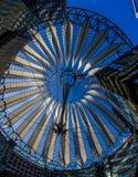 Abstraktes modernes Dach-Postdamer Platz, Deutschland Stockfoto