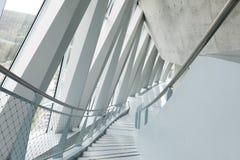 Abstraktes modernes Gebäude in München, Deutschland Lizenzfreies Stockbild