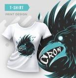 Abstraktes modernes T-Shirt Druckdesign mit Krähe Lizenzfreie Stockbilder