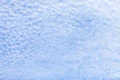 Abstraktes Muster weiße Wolken auf dem Himmel Lizenzfreie Stockfotografie
