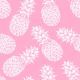Abstraktes nahtloses Muster, Tapete, Hintergrund, Hintergrund Rosa mit weiße Hand gezeichneter Ananas ENV 10 Stockbild