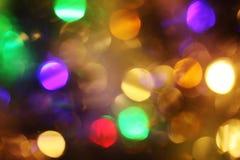 Abstraktes Nehmen von bunten Weihnachtslichtern, ein Hintergrund Stockfotos