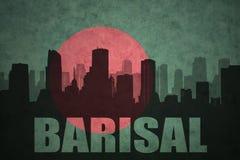 Abstraktes Schattenbild der Stadt mit Text Barisal an der Weinlesebangladesch-Flagge Stockbild