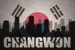 Abstraktes Schattenbild der Stadt mit Text Changwon an der Weinlesesüdkorea-Flagge Lizenzfreie Stockbilder