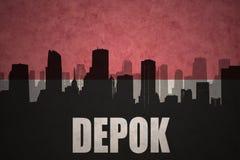 Abstraktes Schattenbild der Stadt mit Text Depok an der Weinleseindonesierflagge Lizenzfreies Stockbild