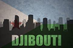Abstraktes Schattenbild der Stadt mit Text Dschibouti an der Weinlesedschibouti-Flagge Stockfoto