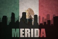 Abstraktes Schattenbild der Stadt mit Text Mérida an der Weinlesemexikanischen flagge Stockbilder