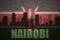 Abstraktes Schattenbild der Stadt mit Text Nairobi an der Weinlese Kenyanflagge Stockbild