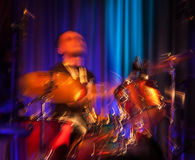 Abstraktes Schlagzeugerkonzert. Stockfoto