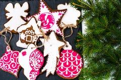 Abstraktes Weihnachts-und neues Jahr-Hintergrund mit Lebkuchen Stockfoto