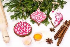 Abstraktes Weihnachts-und neues Jahr-Hintergrund mit Lebkuchen Lizenzfreies Stockbild