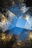 Abstraktes zeitgenössisches Architekturdetail in Europa Stockbild