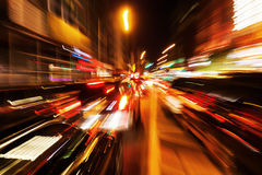 Abstraktes Zoombild des Nachtverkehrs Lizenzfreie Stockfotos
