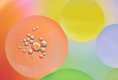 Abstraktion, Ölblasen im Wasser Lizenzfreie Stockfotografie