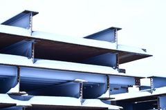 Abstraktion der Metallunterstützungen der Brücke Lizenzfreies Stockbild