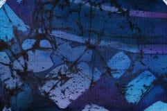Abstraktion, turkos och violett varm batik, bakgrundstextur som ?r handgjord p? silke arkivfoto