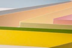 Abstraktion von farbigem Papier Lizenzfreie Stockfotos