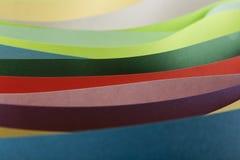 Abstraktion von farbigem Papier Stockbild