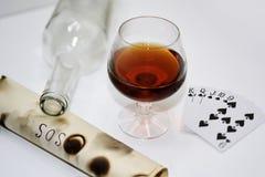 Abstraktion von trinkenden und Spielkarten Lizenzfreies Stockfoto
