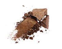 Abstrich des zerquetschten glänzenden braunen Lidschattens als Probe des kosmetischen Produktes Lizenzfreie Stockbilder