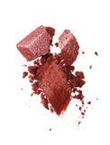 Abstrich des zerquetschten glänzenden Lidschattens als Probe des kosmetischen Produktes Lizenzfreie Stockfotos