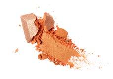 Abstrich des zerquetschten orange Lidschattens als Probe des kosmetischen Produktes Lizenzfreie Stockbilder