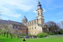 Abtei in einem geheimen Garten Lizenzfreies Stockbild