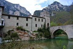 Abtei Sans Vittore, Marken, Genga, Italien Stockbild