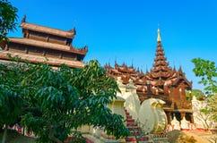 Abtei Shwe Inbin mandalay myanmar Lizenzfreie Stockfotos