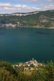Abtei und der See Stockbilder