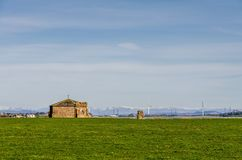 Abtei und Hügel Cockersand Lizenzfreies Stockfoto