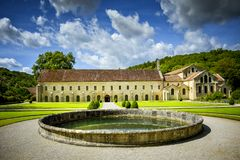 Abtei von Fontenay, Burgunder, Frankreich Lizenzfreie Stockfotos
