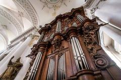 Abteikathedraleninnenraum Stockbild