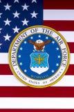 Abteilung der Luftwaffe und der US-Flagge Lizenzfreie Stockfotos