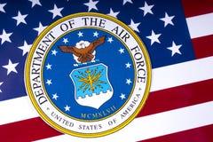 Abteilung der Luftwaffe und der US-Flagge Stockbilder