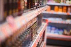 Abteilung des Alkohols im Speicher Lizenzfreies Stockfoto