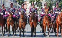 Abteilung, welche die italienische Zustands-Polizei spreizt Lizenzfreie Stockfotos