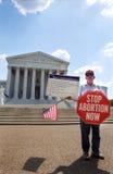 Abtreibungs-Protestierender am Höchsten Gericht Stockbilder