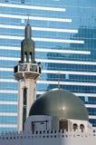 abu城市dhabi清真寺 免版税图库摄影