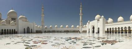 abu阿拉伯最大的dhabi酋长管辖区海湾清真寺一区域回教族长团结zayed 图库摄影