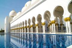 мечеть Abu Dhabi грандиозная Стоковое фото RF