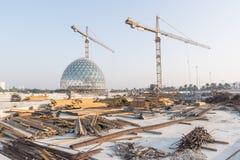 Abu Dhabi, de V.A.E - 2016: De nieuwe uitbreiding van Sheikh Zayed Grand Mosque Royalty-vrije Stock Foto's