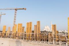 Abu Dhabi, de V.A.E - 2016: De nieuwe uitbreiding van Sheikh Zayed Grand Mosque Stock Afbeeldingen