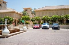 Abu Dhabi De zomer van 2016 Helder en modern binnenlands luxehotel St Regis Saadiyat Island Resort Royalty-vrije Stock Foto