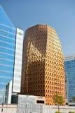 Abu Dhabi Downtown-Straßen mit Wolkenkratzern Lizenzfreie Stockfotos