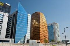 Abu Dhabi Downtown-Straßen mit Wolkenkratzern Lizenzfreies Stockbild