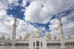 Abu Dhabi Förenade Arabemiraten, JANUARI 04, 2018: Sikt av Royaltyfria Bilder
